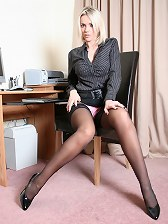 sexy secretaries and the hottest sexy secretary babes in pantyhose and stockings